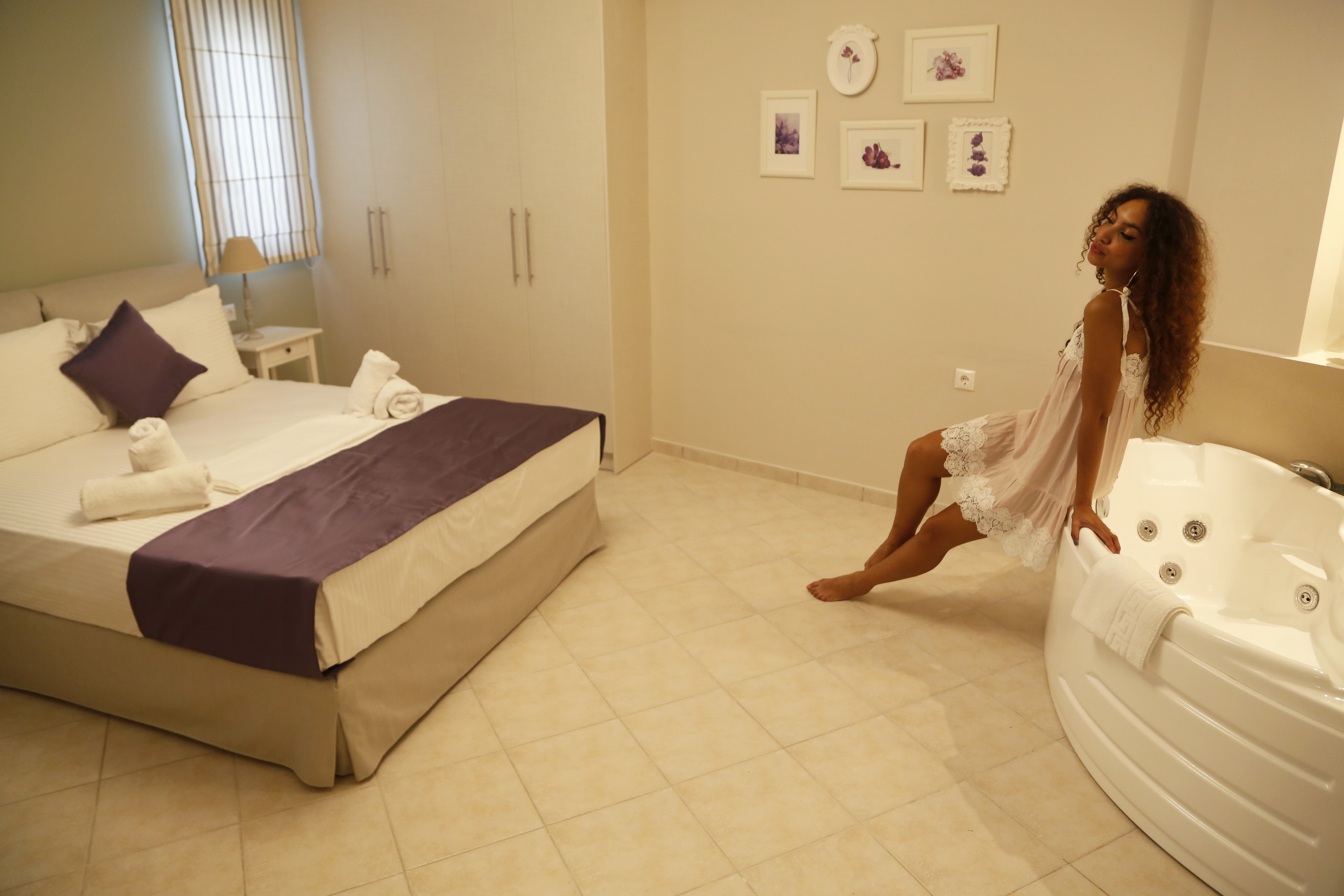 Hotel Review Lefkadios Suites Lefkada From Hats To Heelsfrom  # Muebles Nisi Bogota